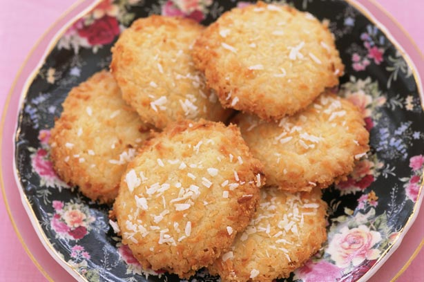 Coconut biscuits recipe - goodtoknow