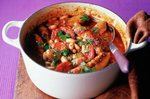 Sausage and cannellini pot recipe - goodtoknow