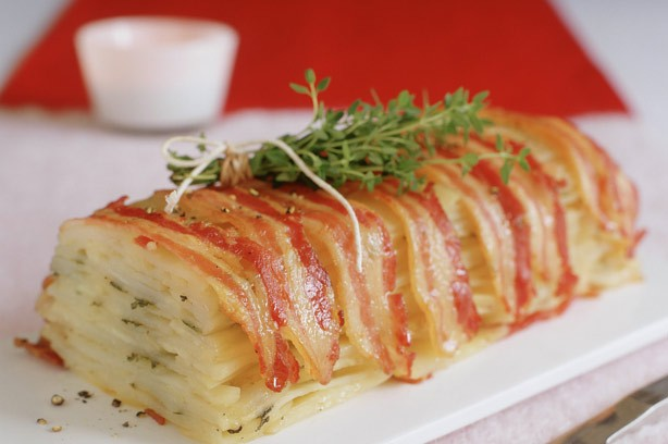 Bacon-wrapped potato cake recipe