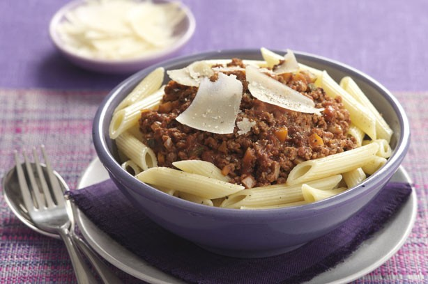 Pasta with vegetarian Bolognese