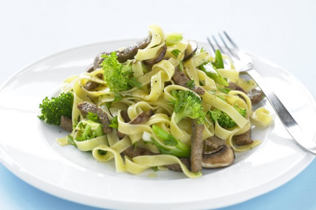 Steak brocolli tagliatelle
