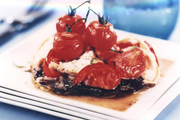 Tomato stuffed mushroom