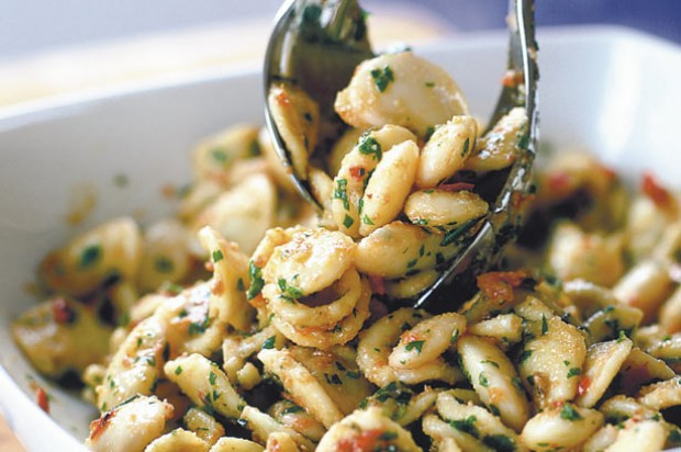 Butter bean and tomato pasta