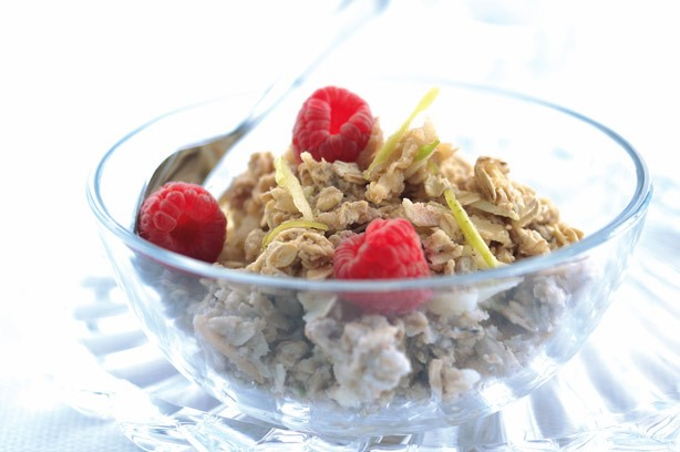 Muesli with almonds