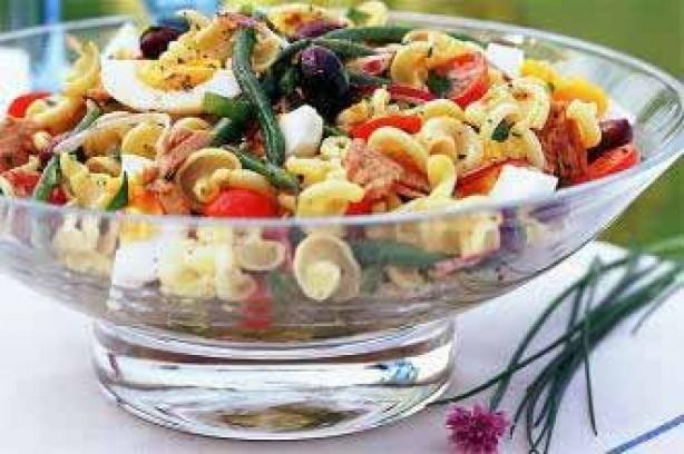 Quick pasta Niçoise