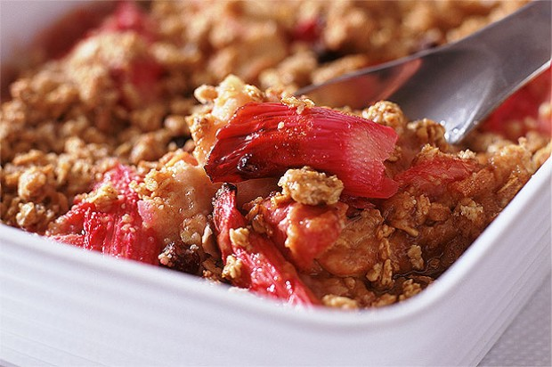 Roast Rhubarb and Apple Crumble