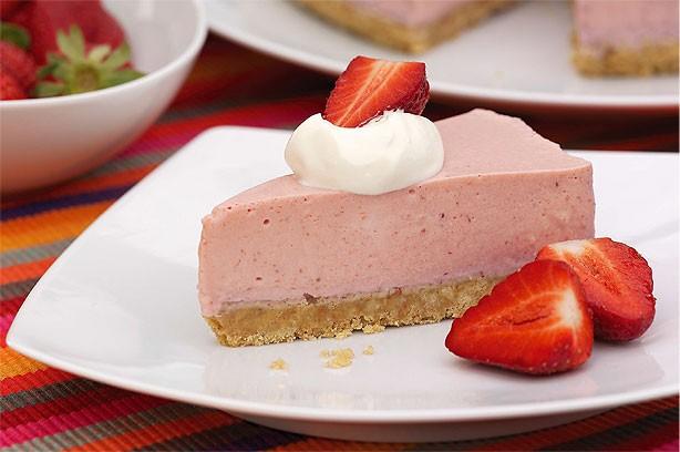 Strawberry Yoghurt Mousse Cake