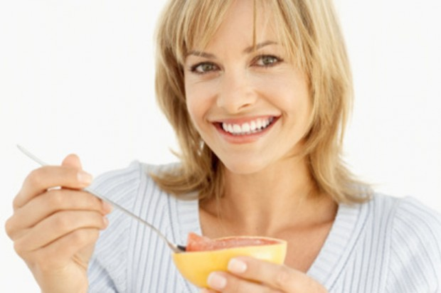 Emergency Rescue Diet grapefruit woman eating