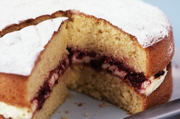 Cherry and vanilla sponge