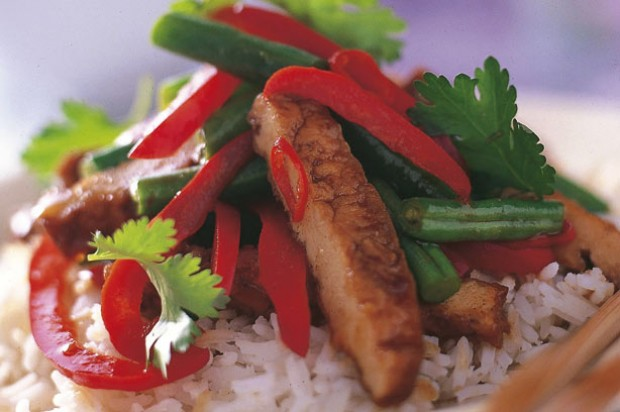 Pork and green bean stir-fry
