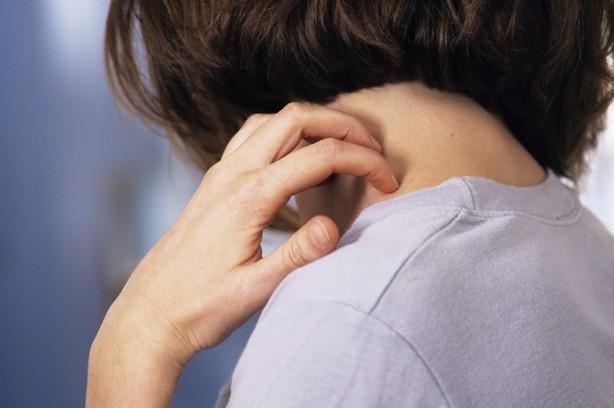 Чем сократить выпадение волос на макушке у му