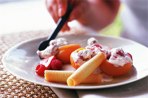 Griddled Apricots with Berry Cream