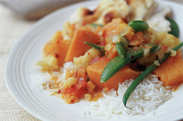 Sweet Potato, Cauliflower and Sugar Snap Curry