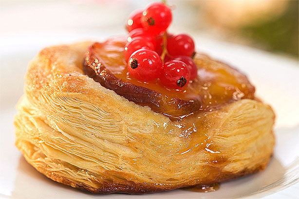 Caramelised peaches in puff pastry recipe - goodtoknow