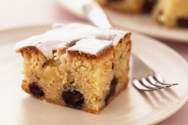 Blueberry and apple cake