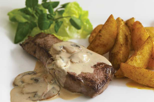 Steak with Stilton and mushroom sauce recipe - goodtoknow