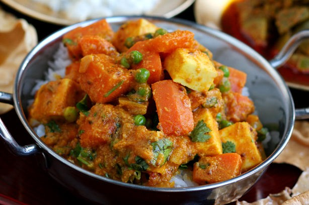Carrot, paneer and pea curry recipe