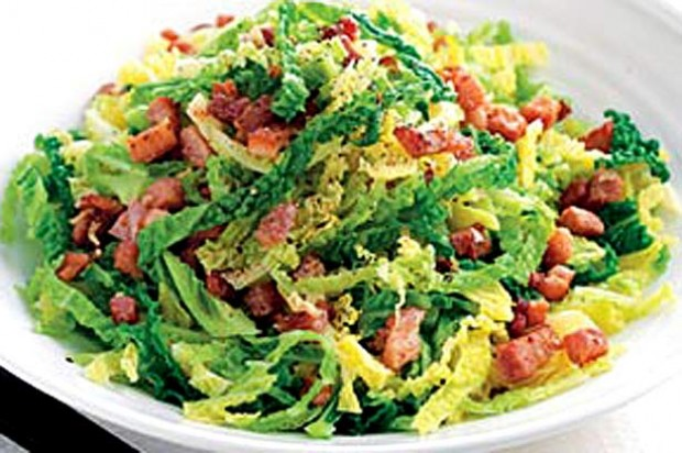 Cabbage with bacon and garlic