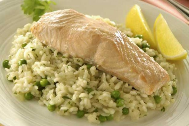 Salmon on Lemon and Herb Rice Slim Fast