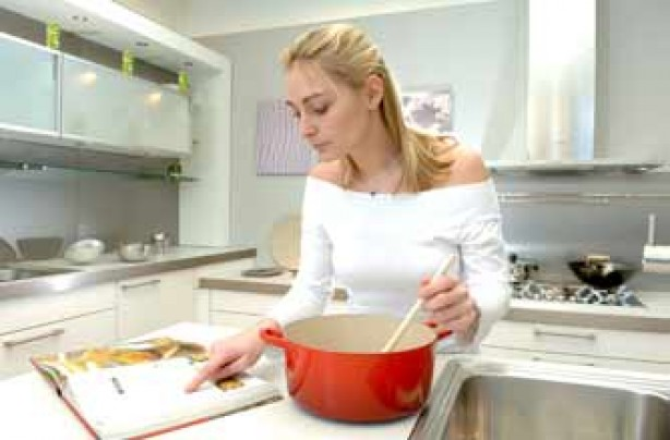 James Tanner tips saucepan woman cooking kitchen
