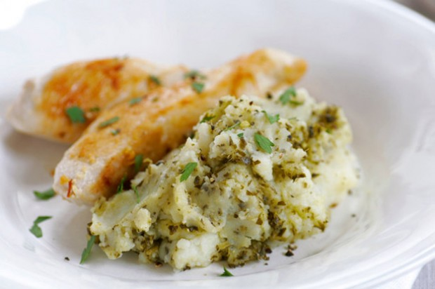 Pesto mash with garlic chicken