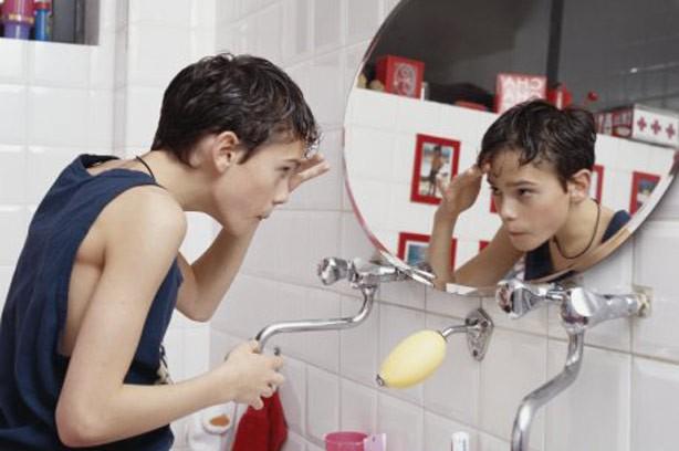 boy teen mirror hair appearance going out