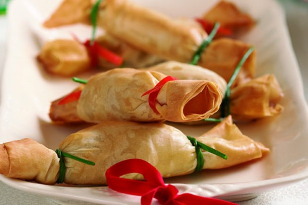 Christmas canape crackers