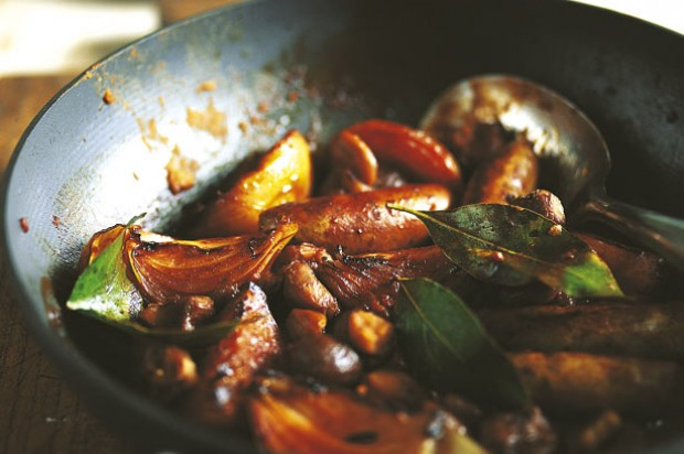 Braised sausages with chestnuts