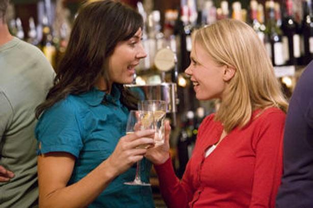 Drinking too much alcohol women bar binge