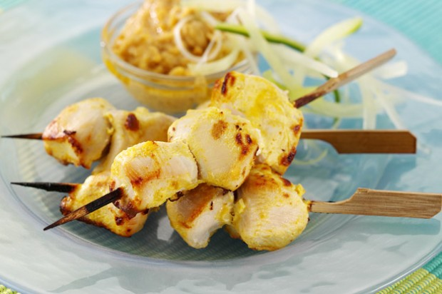 how to cook chicken satay skewers in oven