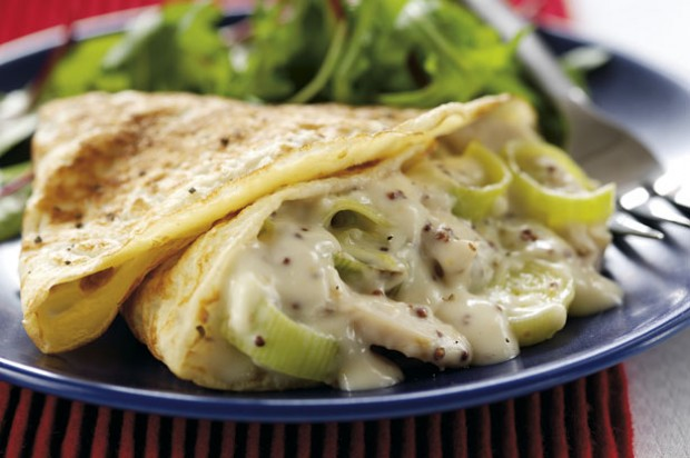 Cream chicken and leek pancakes
