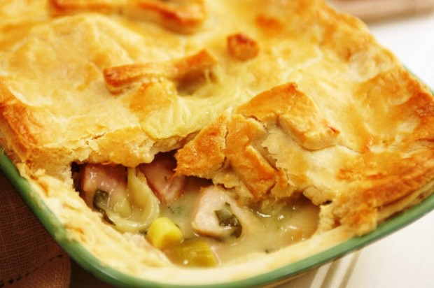 Chicken or Turkey and ham pie