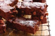 chocolate and sultana brownies