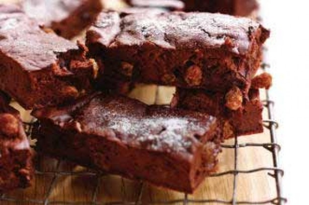 chocolate and sultana brownies