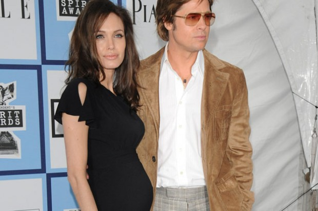 Pregnant Angelina Jolie and Brad Pitt and film awards ceremony_Rex