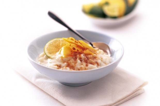 Coconut rice pudding with lime