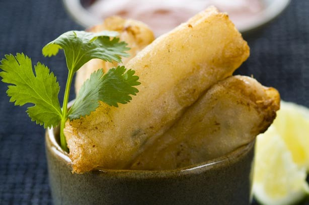 Lime, ginger and crab spring rolls