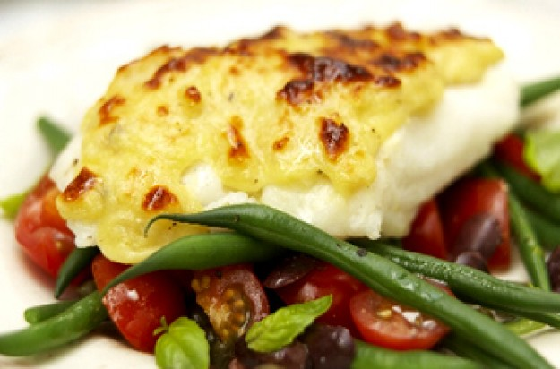 Cheesy cod with green bean salad