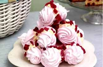 Rose meringue swirls | Woman's Weekly recipe recipe - goodtoknow