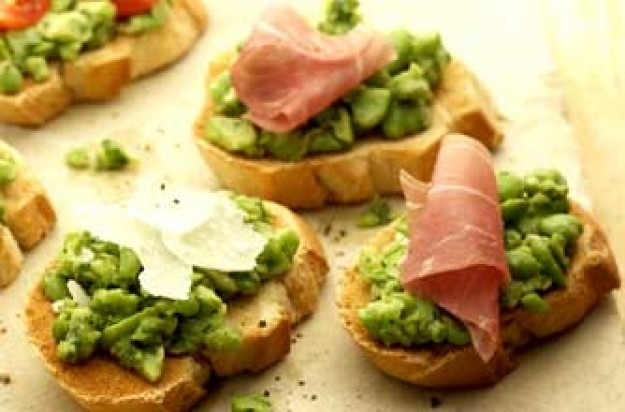 Broad bean crostini