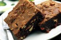 Sophie Grigson's chocolate pecan brownies