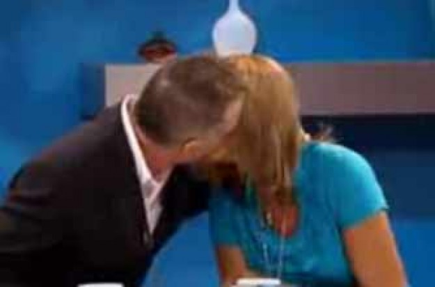 Watch Carol snog Gary on Loose Women