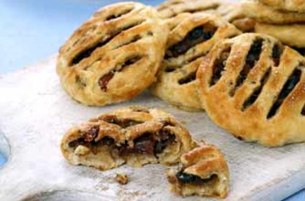 Woman's Weekly Florentine eccles cake recipe