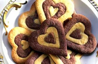 Mary Berry's heart-biscuits
