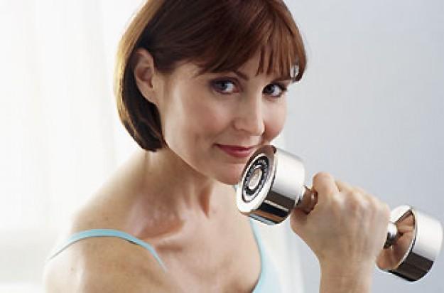 Woman weight training_Photolibrary