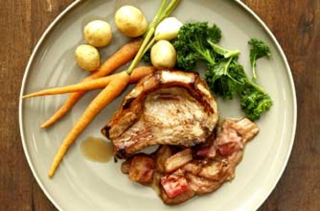 Antony Worrall Thompson's pork chops with rhubarb