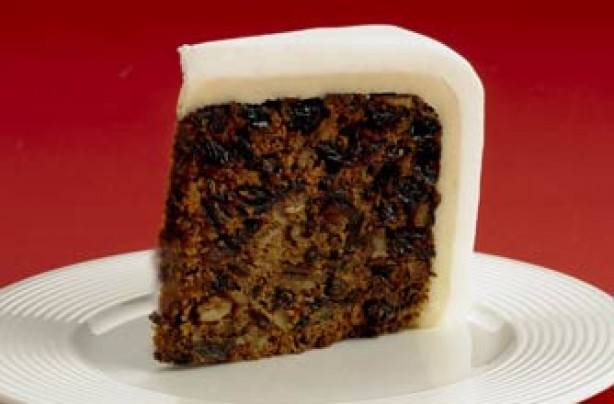 Date and walnut fruit Christmas cake recipe