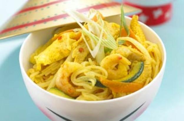 Annabel Karmel's Singapore noodles