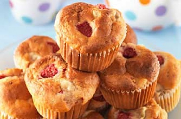Lesley Waters' raspberry muffins