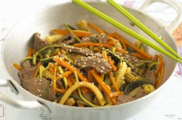Annabel Karmel's sesame beef stir fry
